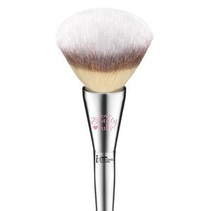 IT Cosmetics All-Over Powder Brush #211